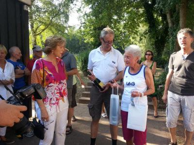OB Charlotte Britz ehrt Melitta Czerwenka-Nagel